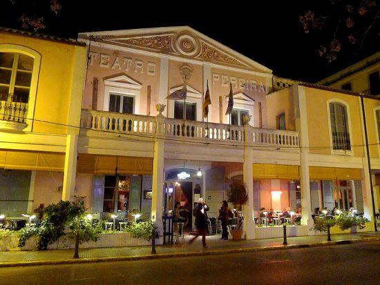 Das Theater Pereira wurde 1899 eröffnet.